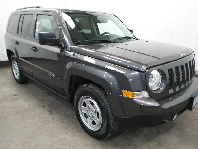 Certified Pre-Owned 2016 Jeep Patriot FWD 4dr Sport