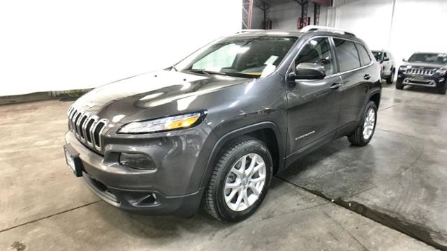 Certified Pre-Owned 2016 Jeep Cherokee FWD 4dr Latitude