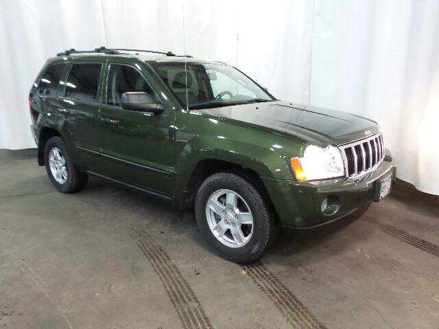 Pre Owned 2007 Jeep Grand Cherokee 4WD 4dr Laredo
