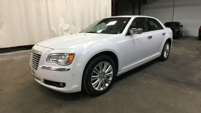 Pre-Owned 2014 Chrysler 300 4dr Sdn 300C AWD