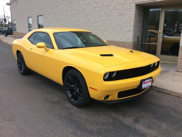 new 2017 dodge challenger sxt plus coupe coupe in waconia. Black Bedroom Furniture Sets. Home Design Ideas
