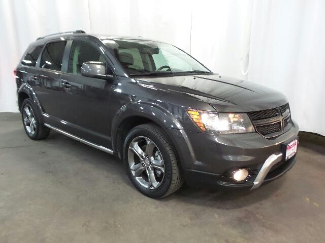 Certified Pre-Owned 2017 Dodge Journey Crossroad Plus AWD