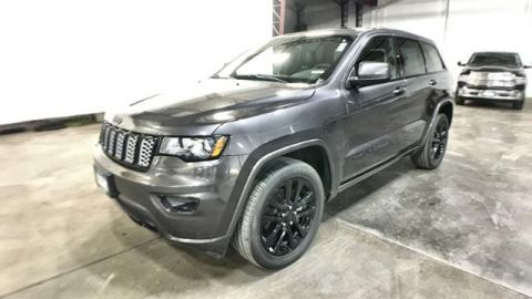 Certified Pre-Owned 2017 Jeep Grand Cherokee Altitude 4x4 *Ltd Avail*