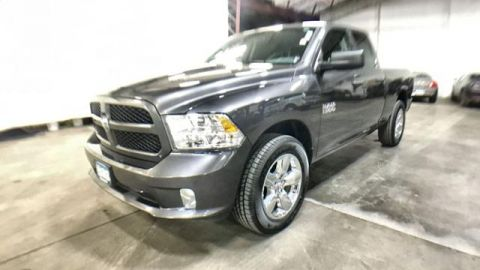 Certified Pre-Owned 2018 Ram 1500 Express 4x4 Quad Cab 6'4 Box