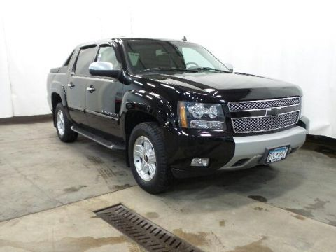 Pre-Owned 2008 Chevrolet Avalanche 4WD Crew Cab 130 LT w/3LT